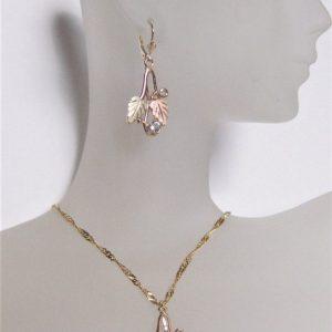 Whitaker's Traditional Black Hills Gold Pendant & Earring Set w/Aquamarine // March Birthstone