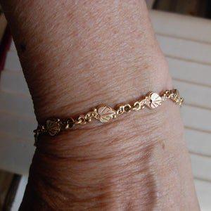 Whitaker's Black Hills Gold 10K Bracelet with 12K Bi-colored Heart Leaves