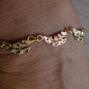 Whitaker's Black Hills Gold Basic Leaf Bracelet