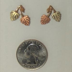 Whitaker's Black Hills Gold Grape & Leaf Post Earrings