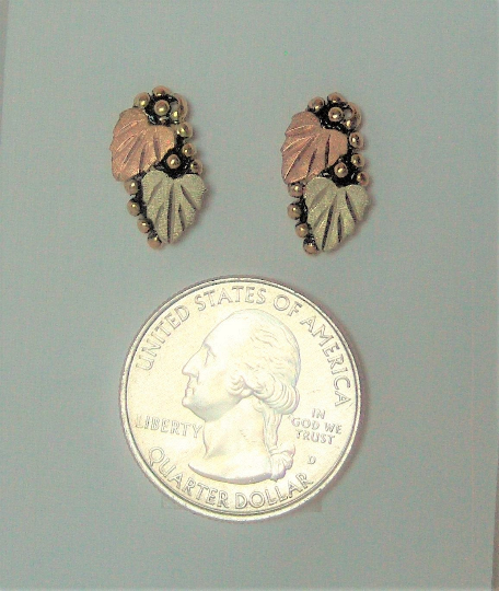 Whitaker/'s Black Hills Gold Small Leaf Earrings  NEW  Manufacturer Direct