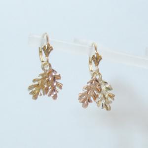Whitaker's Black Hills Gold Small Oak Leaf Earrings